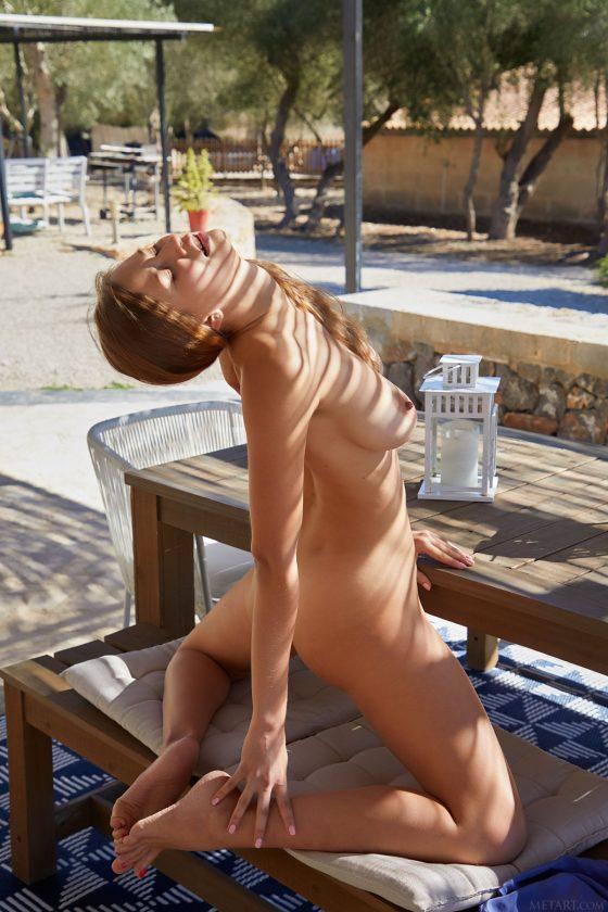 Stella Cardo Nude In Softness MetArt Model Pictures